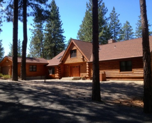 Stunning log refinishing for log homes in Chewelah WA