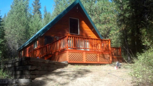 Log Cabin Refinishing and staining