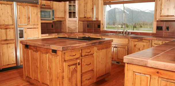 Chewelah WA custom staining for wood, cabinets & trim